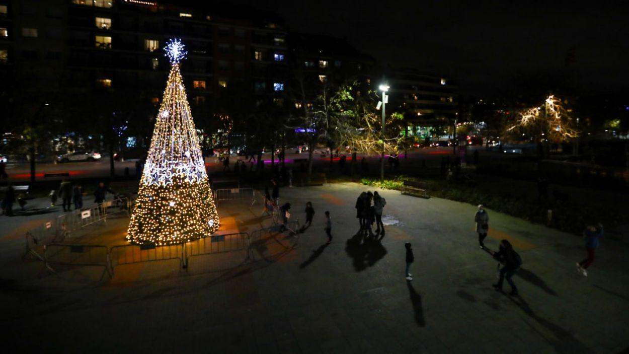 Les llums de Nadal ja adornen Sant Cugat / Foto: Lali Puig