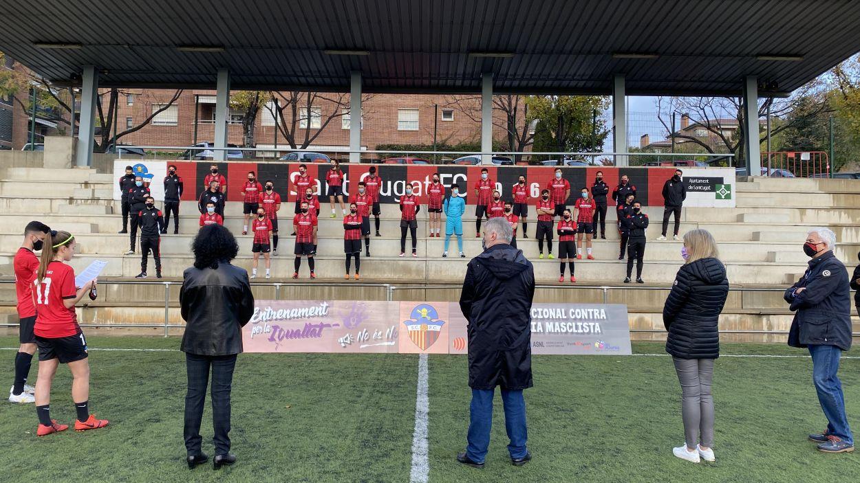 El Sant Cugat Futbol Club derrota la violència de gènere, tot i la Covid-19