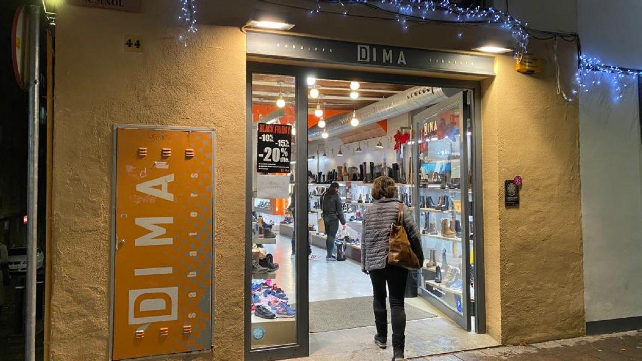 Els comerços santcugatencs obren aquest dimarts / Foto: Cugat Mèdia