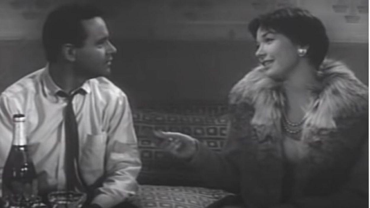 Fotograma de la pel·lícula 'L'Apartament' amb Shirley MacLaine