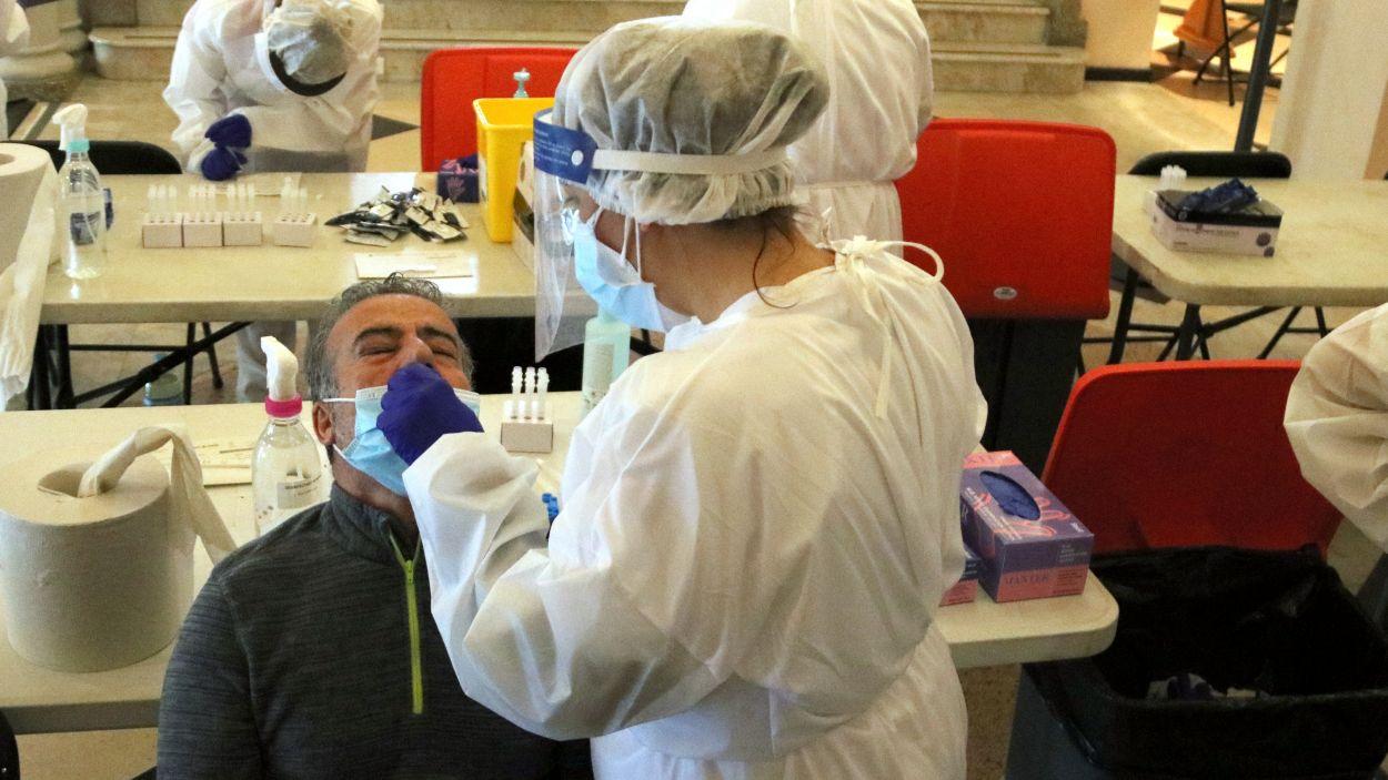 Un test PCR per detectar contagis de coronavirus / Foto: ACN