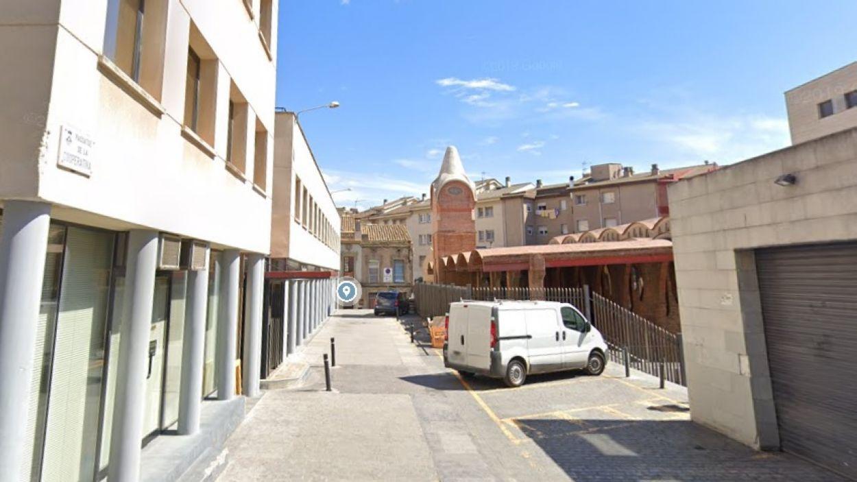 Imatge d'arxiu del passatge de la Cooperativa, que porta al Celler Modernista de Sant Cugat / Foto: Google Maps