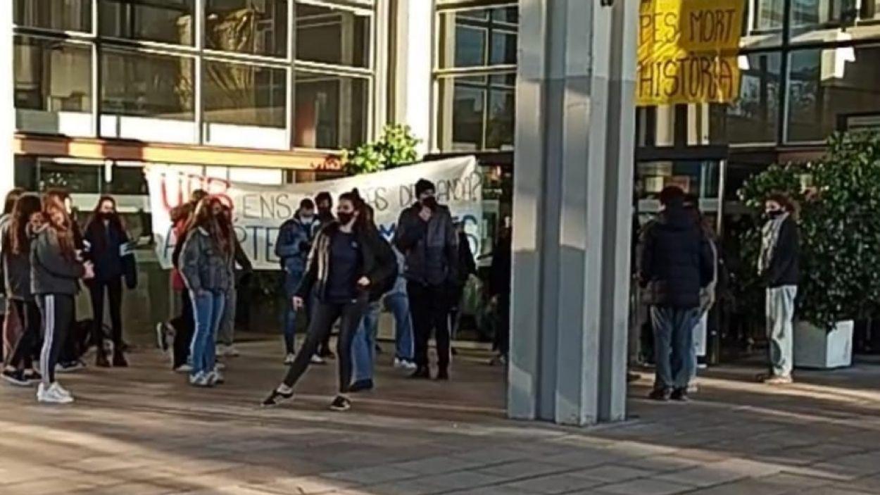 Un moment de l'ocupació del rectorat de la UAB / Foto: V.C.