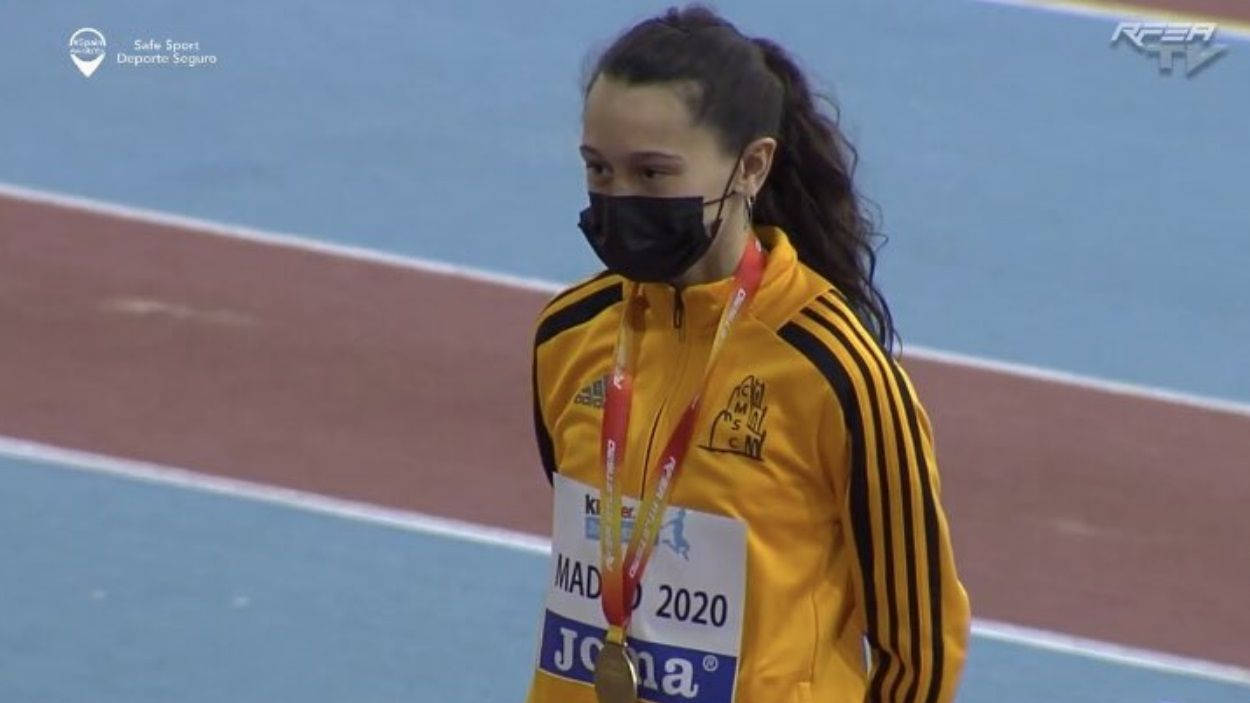 Elda Romeva ha aconseguit l'or en triple salt al Mundial d'Atletisme sub-16 / Foto: RFEA