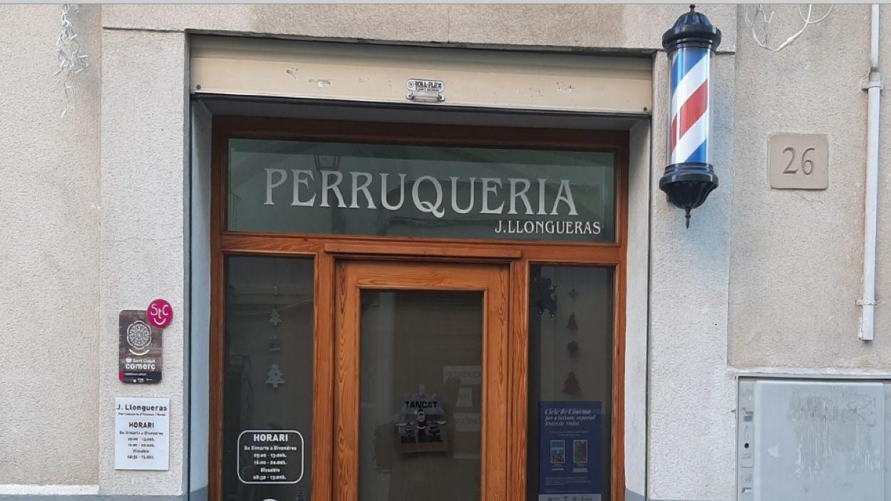 La perruqueria Llogueras del carrer Major / Foto: Cugat Mèdia