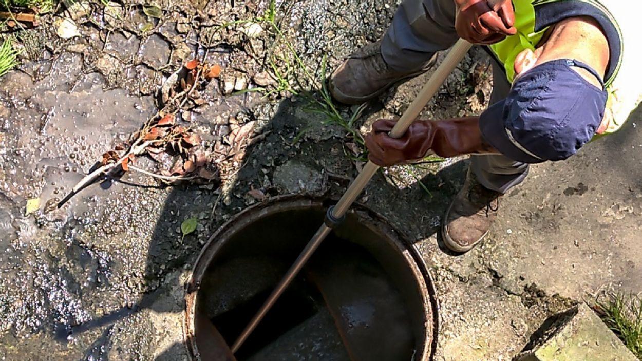 Imatge d'arxiu d'un control d'aigües residuals / Foto: Cedida