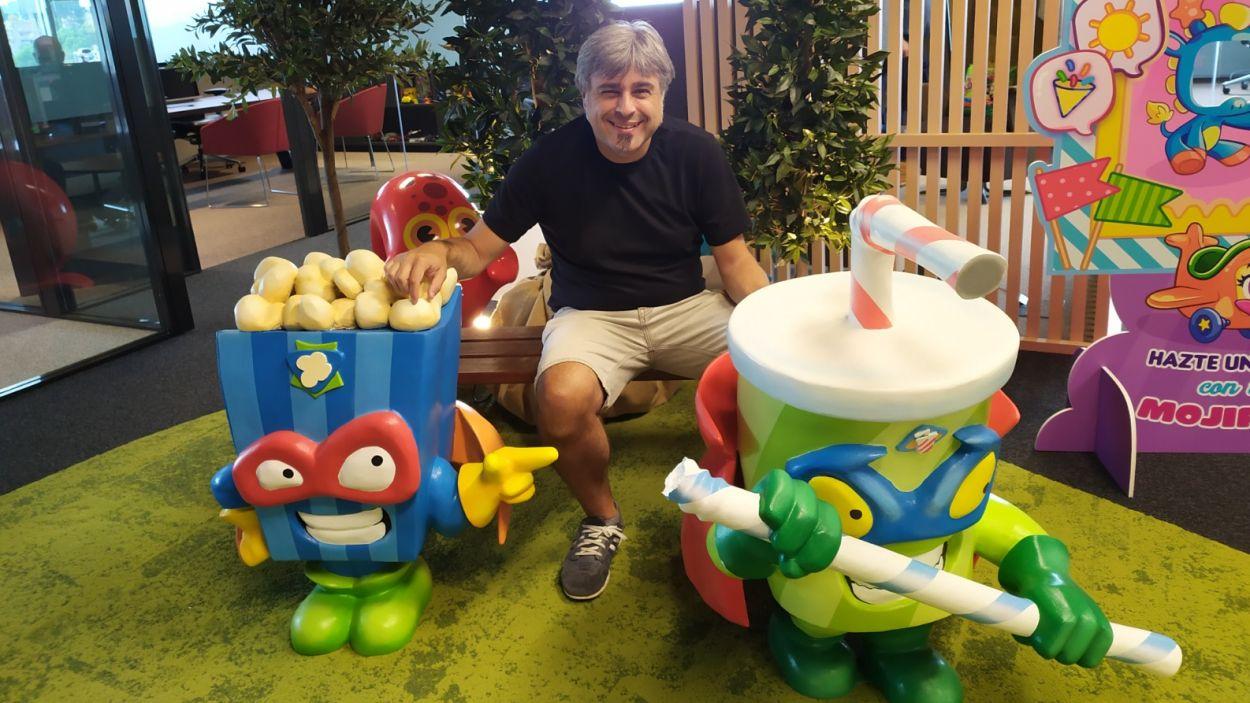 """Andreu Sierro: """"Si les famílies aposten pels jocs de taula, els nens es desconnectaran de les pantalles"""""""