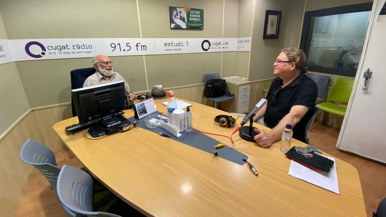 Eduard Jener i Gerald Fannon a l'estudi Ramon Barnils de Ràdio Sant Cugat / Foto: Cugat Mèdia