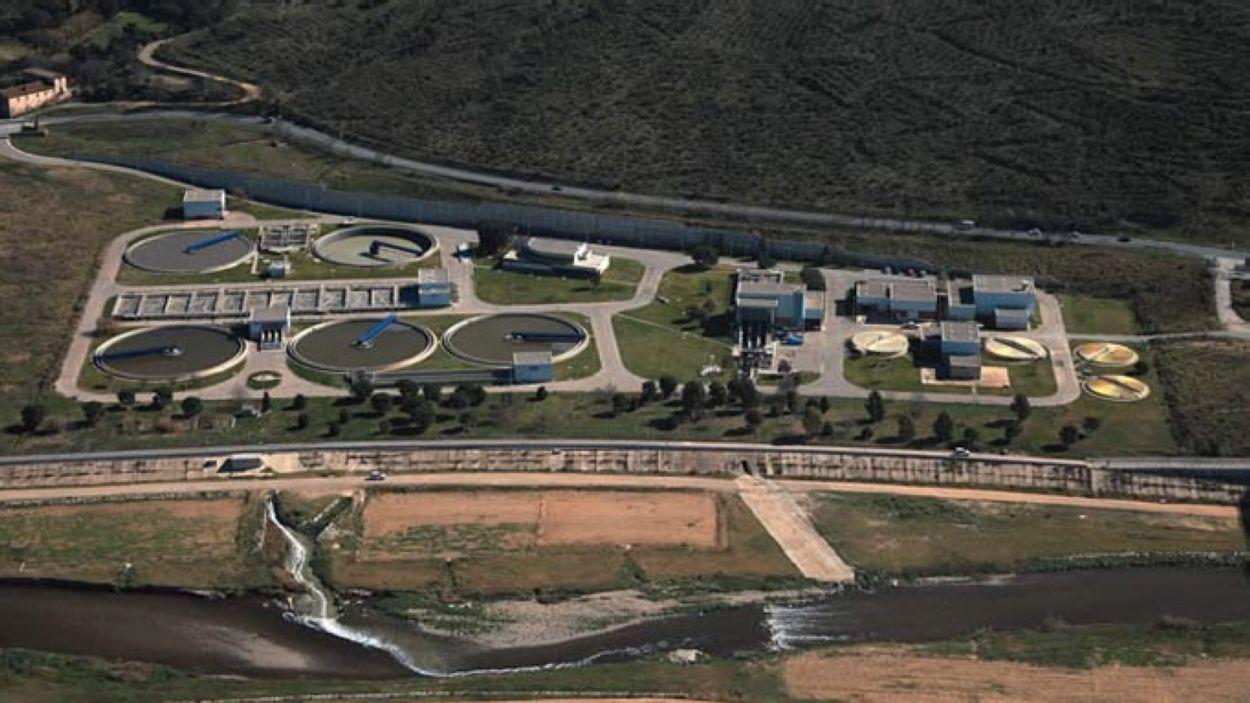 Les aigües residuals de Sant Cugat van a parar a la depuradora de Montcada i Reixach / Foto: AMB