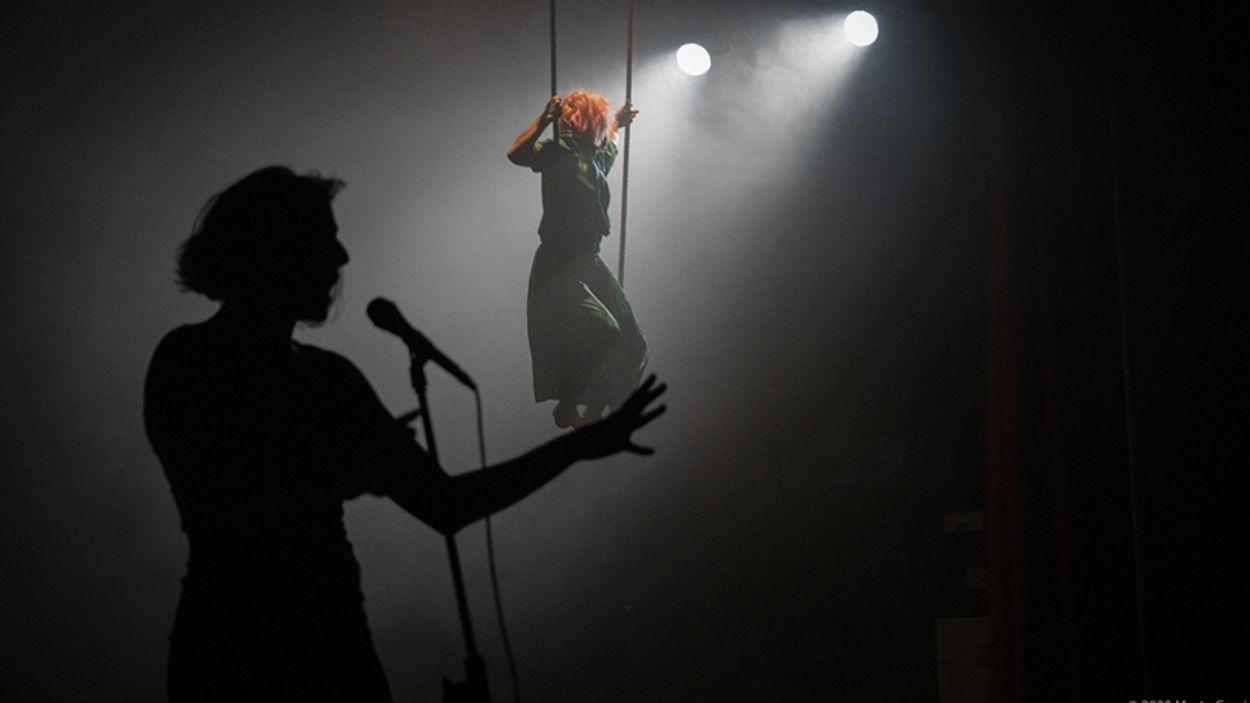 Un moment de l'espectacle / Foto: Marta Garcia (Cedida per Ateneu Popular 9 Barris)