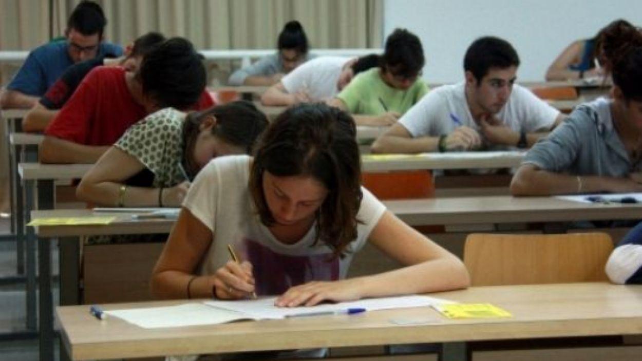 Estudiants de batxillerat a la selectivitat / Foto: ACN