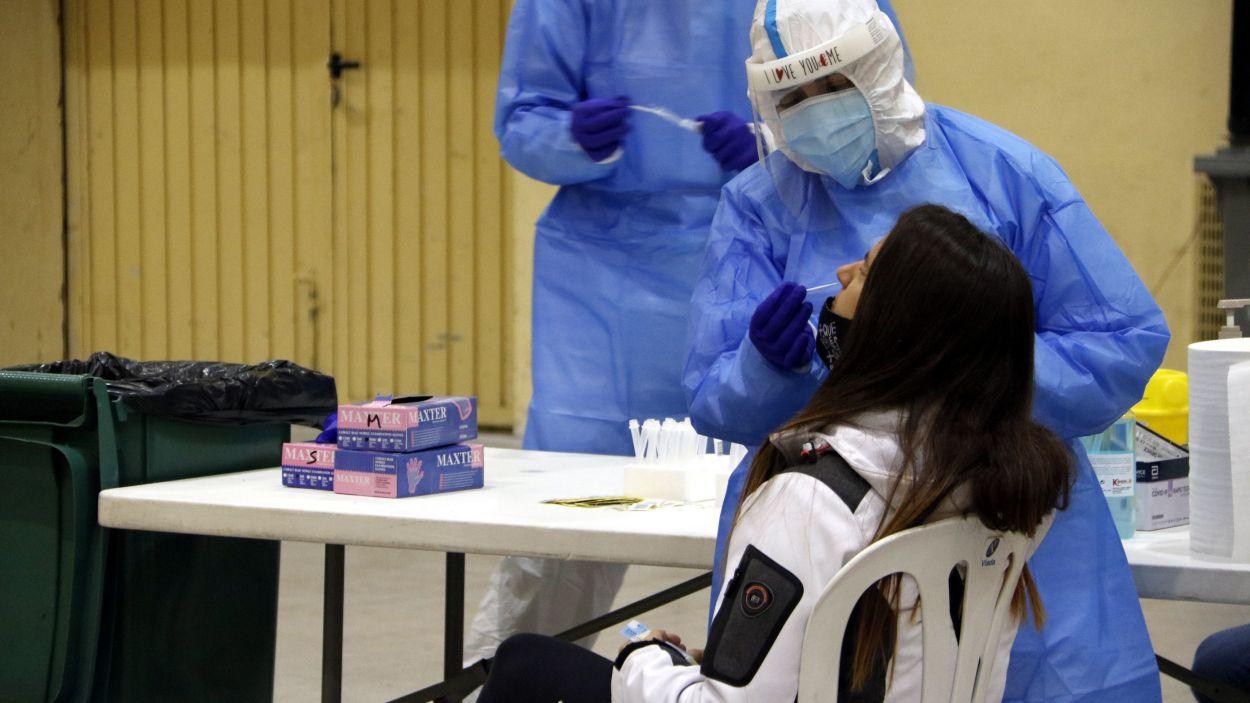 Els membres de la mesa podran fer-se una prova d'antígens abans del 14-F