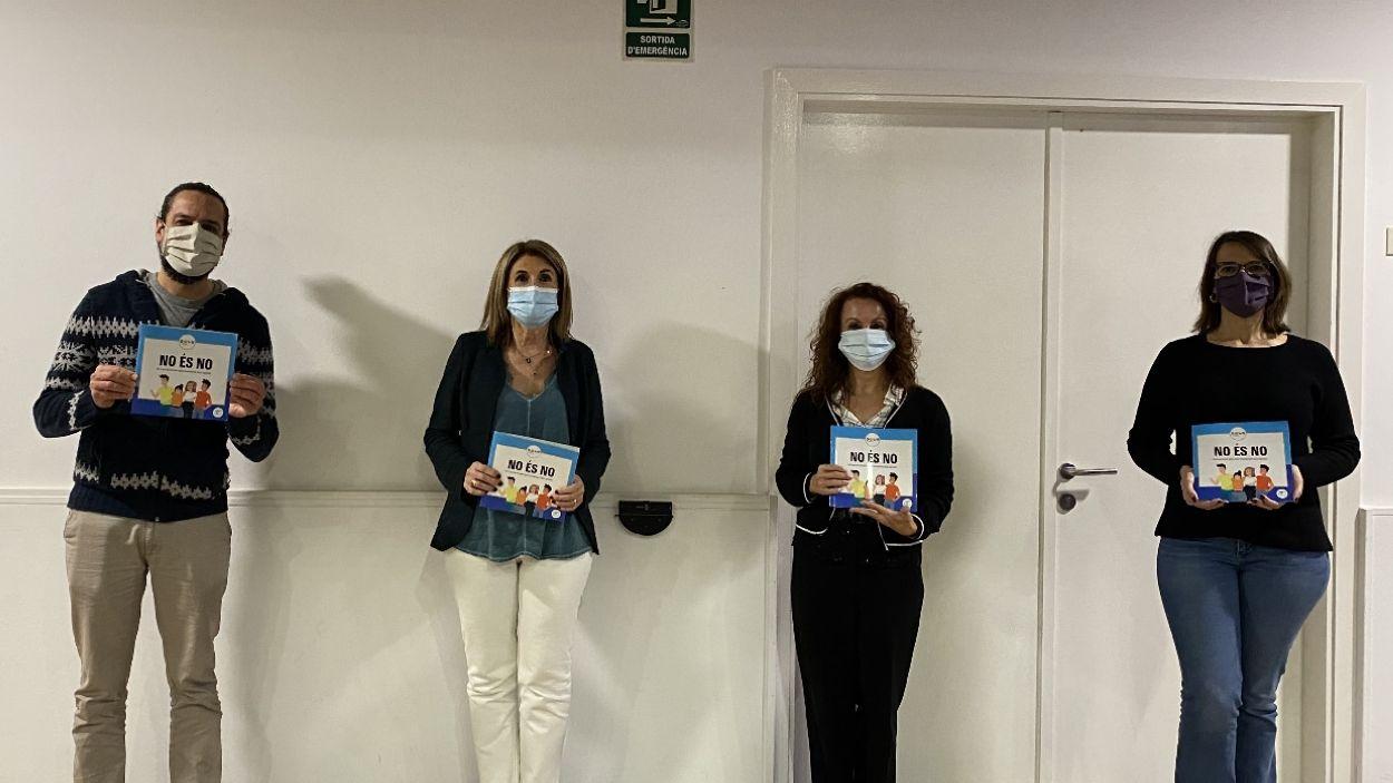 Imatge de la presentació de la guia a la Casa de Cultura / Foto: Cugat Mèdia