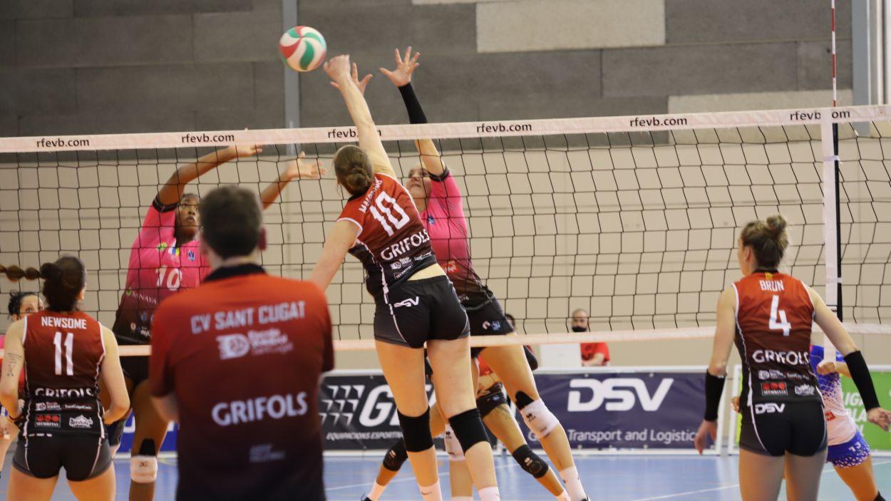 El DSV- Volei Sant Cugat, molt a prop del play-off pel títol / Font: Mireia Norberto