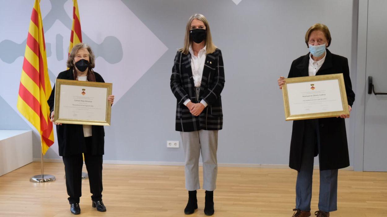 L'entrega dels diplomes a les filles predilectes / Foto: Ajuntament de Sant Cugat