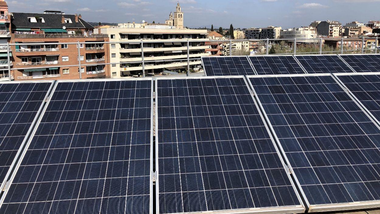 Plaques fotovoltaiques a l'Ajuntament de Sant Cugat / Foto: Cugat Mèdia