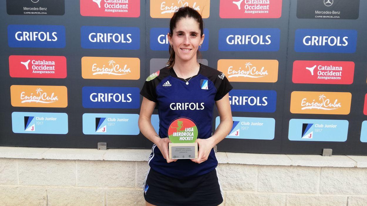 La capitana, Carlota Petchamé, escollida millor jugadora del partit. / Font: Cugat Mèdia