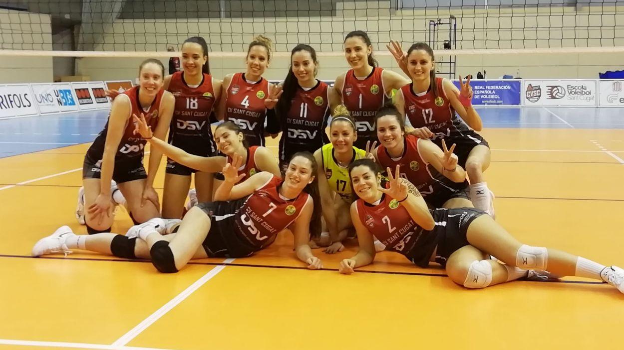 Celebració del triomf de les jugadores del DSV- Volei Sant Cugat / Font: Cugat Mèdia