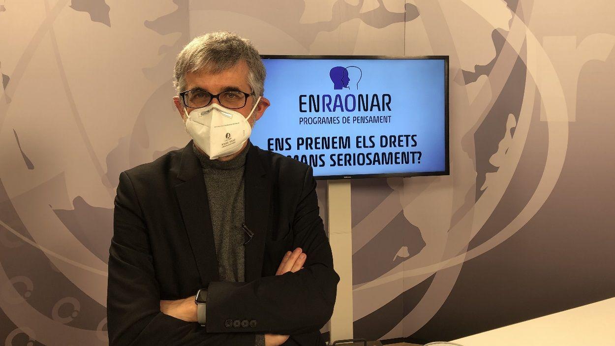L'adjunt general del Síndic de Greuges, Jaume Saura, al plató de Cugat Mèdia / Foto: Cugat Mèdia