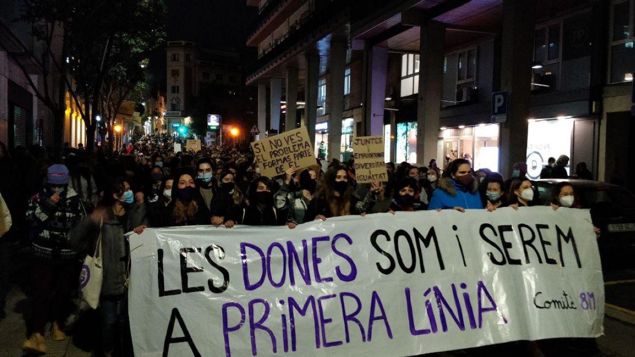 La manifestació ha recorregut el centre de Sant Cugat / Foto: Cugat Mèdia