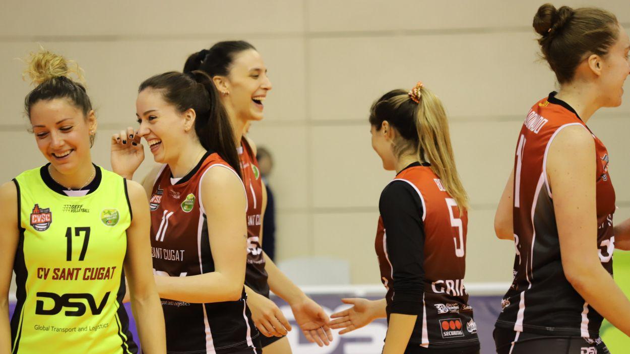 L'alegria de les jugadores del DSV- Volei Sant Cugat / Foto: Mireia Norberto