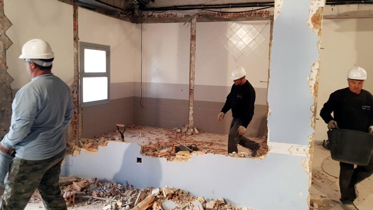 Imatge d'una obra a l'interior d'un edifici / Foto: ACN