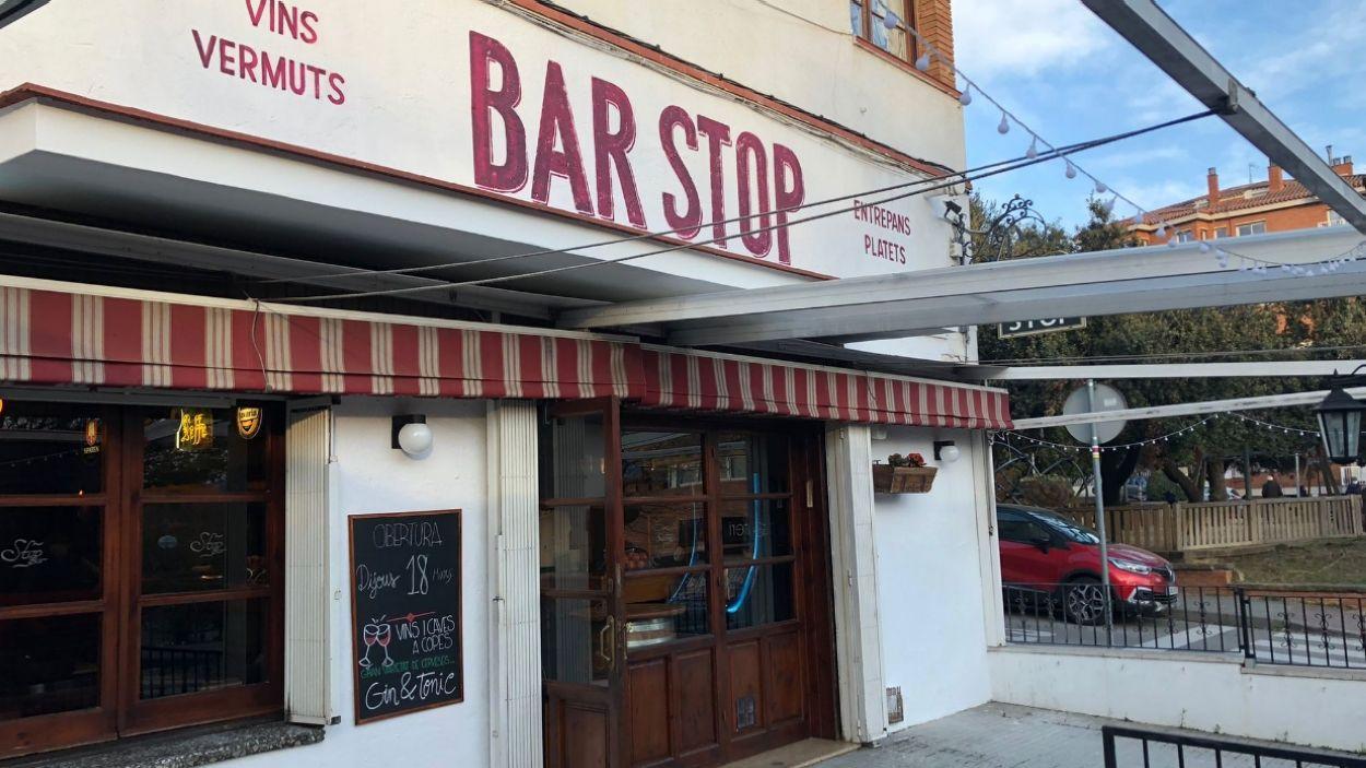 El bar Stop va tancar el novembre de 2019 i tornarà a obrir aquest dijous / Foto: Cugat Mèdia