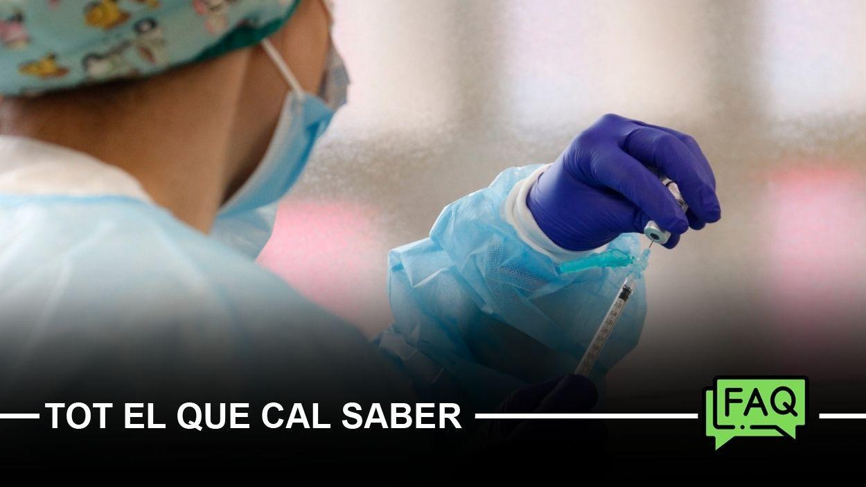 Imatge d'arxiu de la preparació d'una vacuna / Foto: ACN