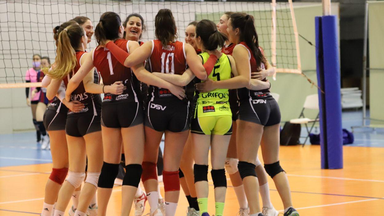 Alegria de les jugadores després d'accedir a la fase d'ascens / Foto: Mireia Norberto