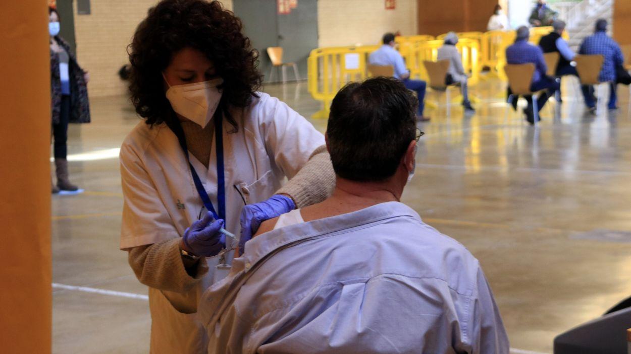 Gairebé el 60% de la població santcugatenca ja compta amb la pauta completa de vacunació