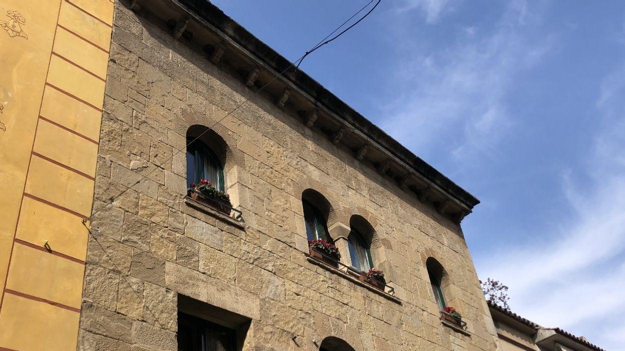 Imatge de l'edifici on hi havia els nius al carrer Major de Sant Cugat / Foto: Cugat Mèdia