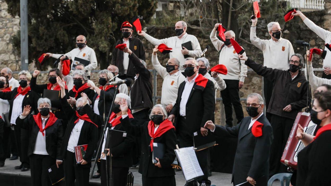 Membres de La Lira i La Unió a l'escenari / Foto: Lali Puig - Ajuntament de Sant Cugat