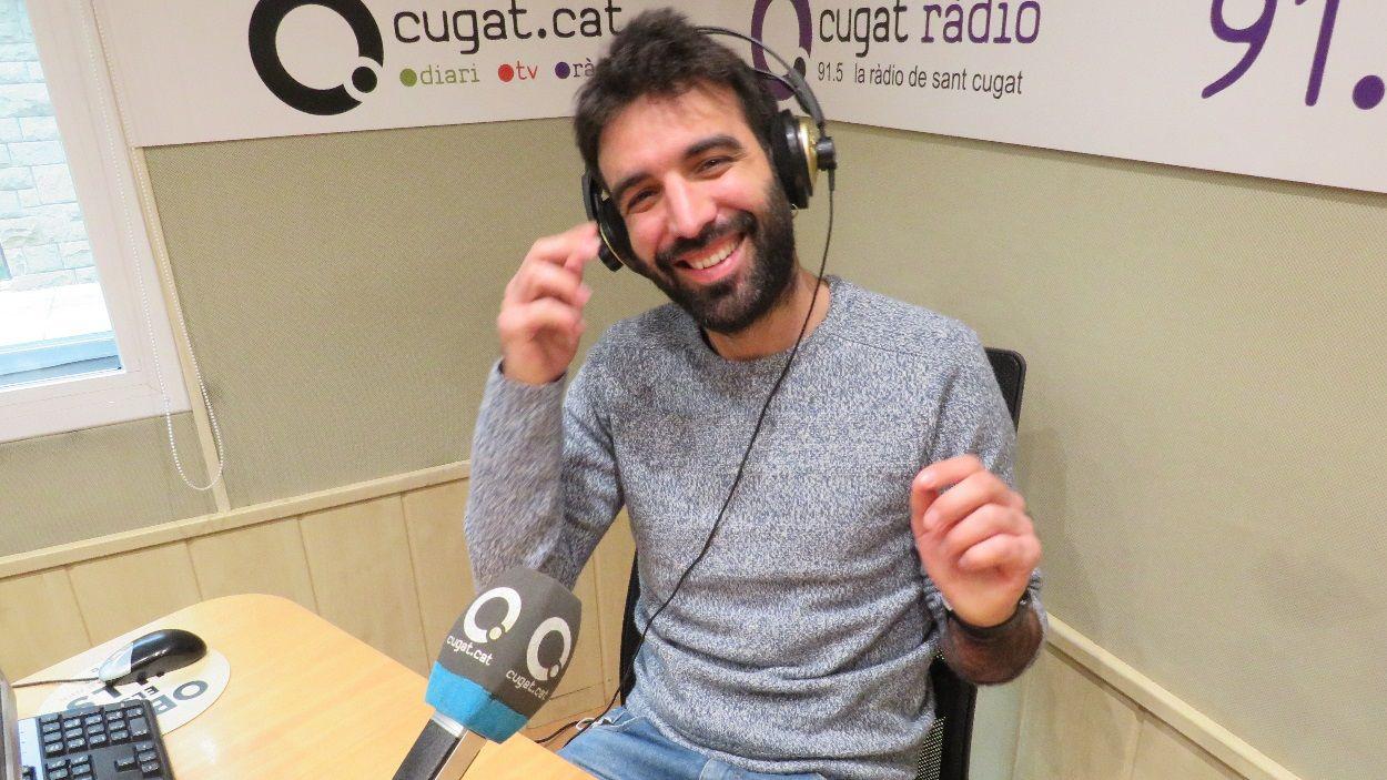Cugat Mèdia, altaveu de l'ambient de Sant Jordi amb un programa de ràdio en directe