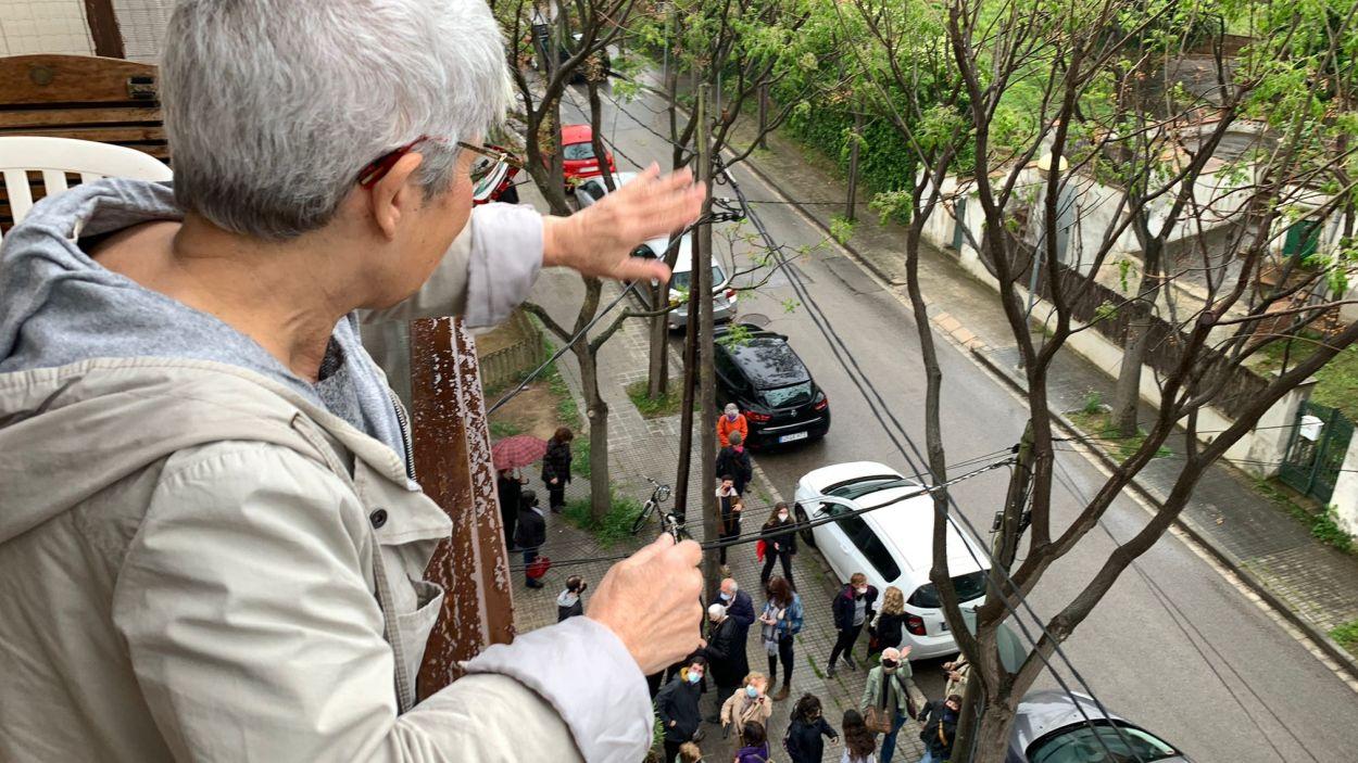 Aturat el desnonament d'una veïna del carrer d'Estapé de Sant Cugat