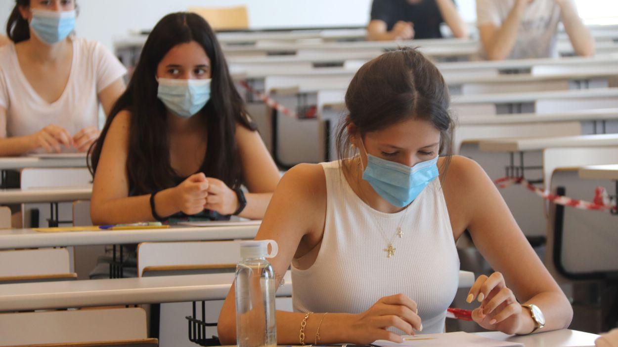 Els examens de les PAU s'allarguen fins divendres 11 / Foto: ACN