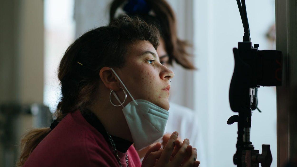 Júlia de Paz durant el rodatge de 'Harta', el curt que està preparant / Foto: Melisa Margarita Ramírez Estremadoyro