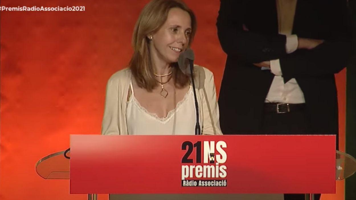 Mònica Lablanca en el moment que ha agraït la distinció / Foto: Captura de Youtube