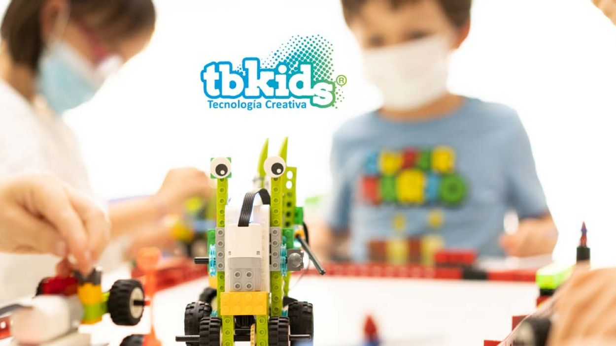 Tecnologia creativa, el futur professional dels infants i joves, al podcast d'empresa