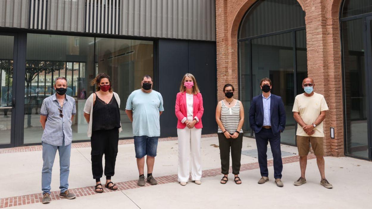 Representants de l'equip de govern i de La Unió a la seu de l'entitat / Foto: Lali Puig - Ajuntament de Sant Cugat