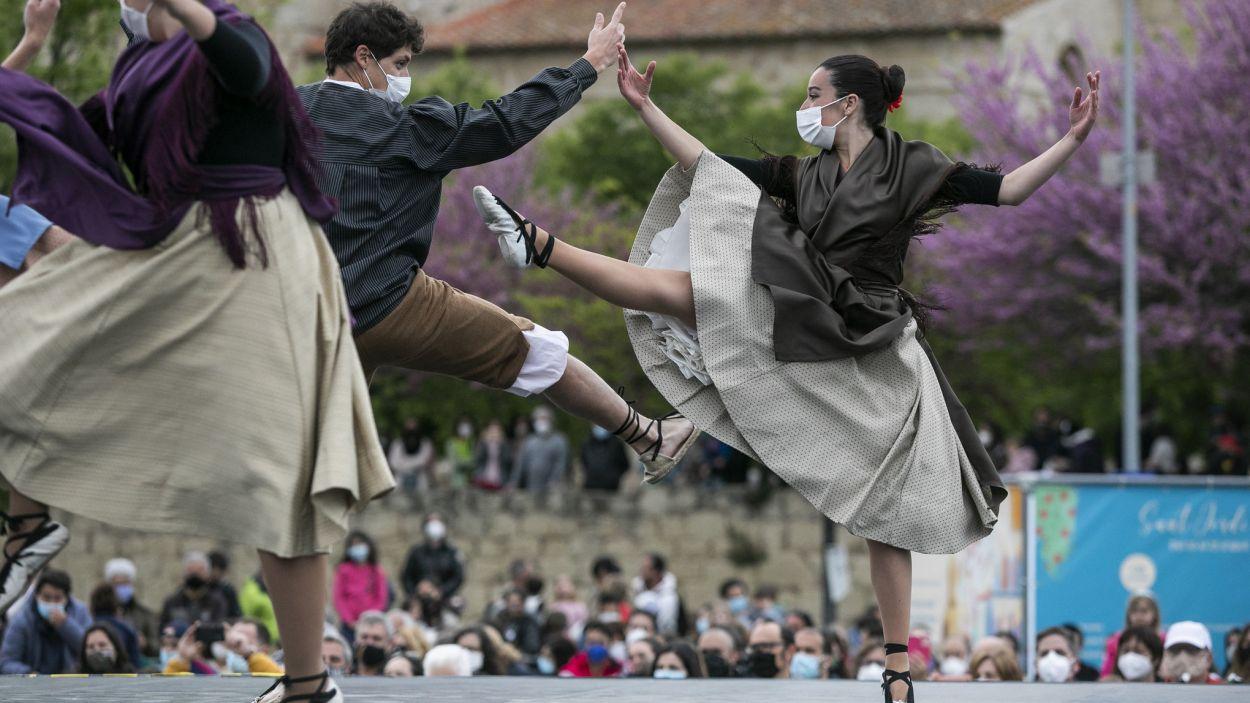 Aprovat el Pla Estratègic de suport a la cultura popular i tradicional de la ciutat / Foto: Lali Puig (Ajuntament)