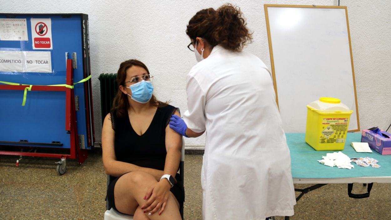 Més del 60% de la població de Sant Cugat ja té la pauta completa de la vacuna contra la Covid-19