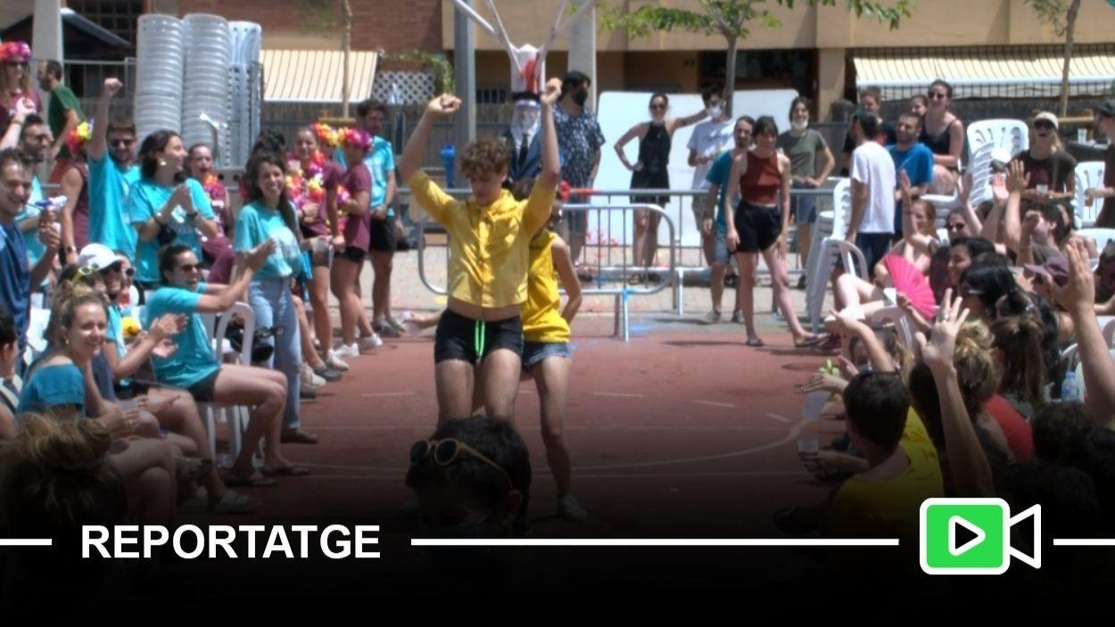 Un moment de la batalla de penyes de la Festa Major Alternativa de Sant Cugat / Foto: Cugat Mèdia