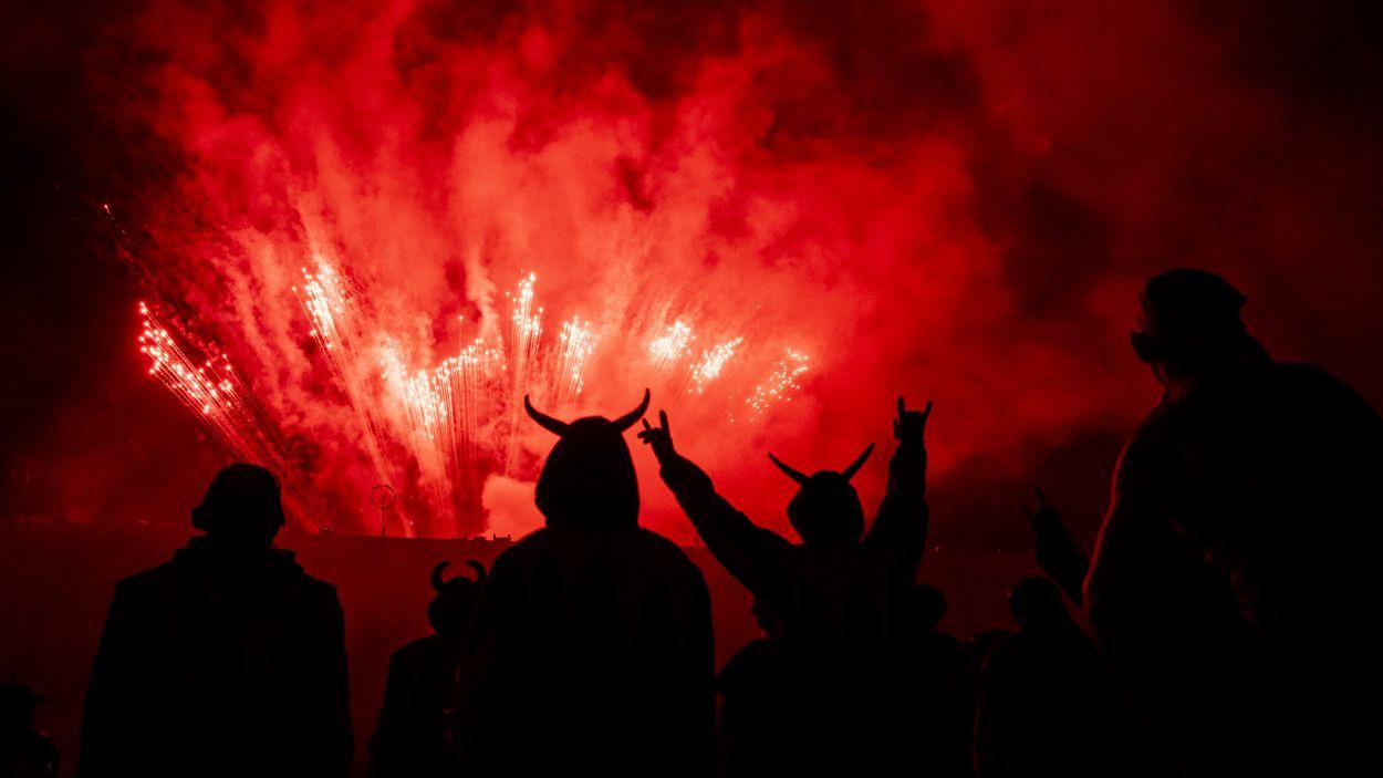 Un moment de l'espectacle de foc dels Diables de Sant Cugat / Foto: Lali Puig