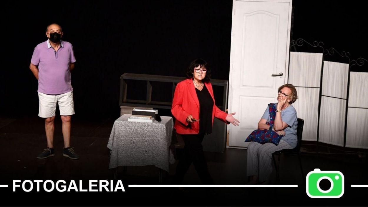 Moment de l'obra 'Quatre píndoles' a la Festa Major de Mira-sol / Foto: Localpres - Jordi Garcia