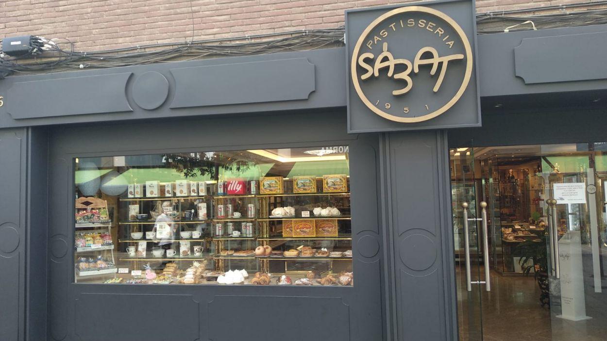 Pastisseria Sàbat al carrer Rusinyol. / Font: Cugat Mèdia