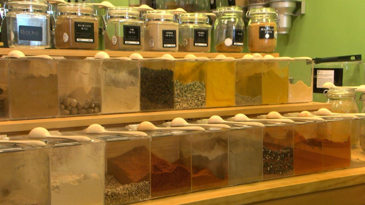 Comprar aliments a granel redueix la petjada ecològica / Foto: Cugat Mèdia