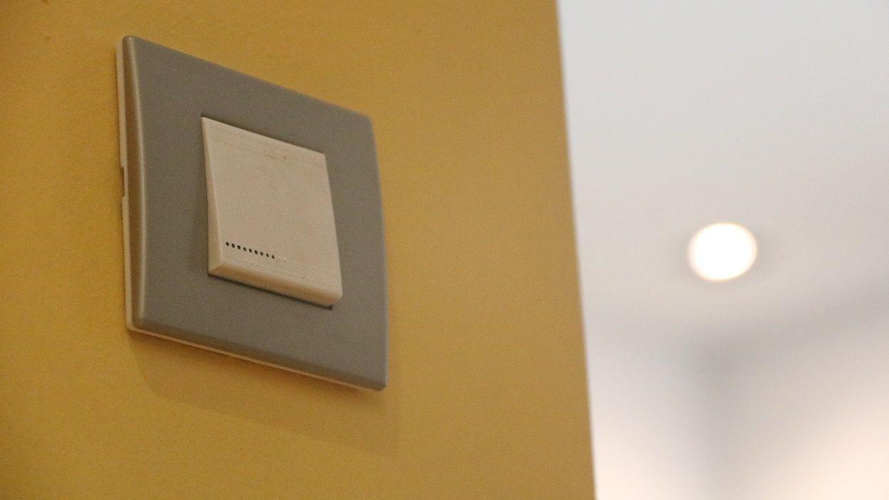 Aquest dijous el preu de la llum superarà per primera vegada els 120 euros per MWh / Foto: ACN