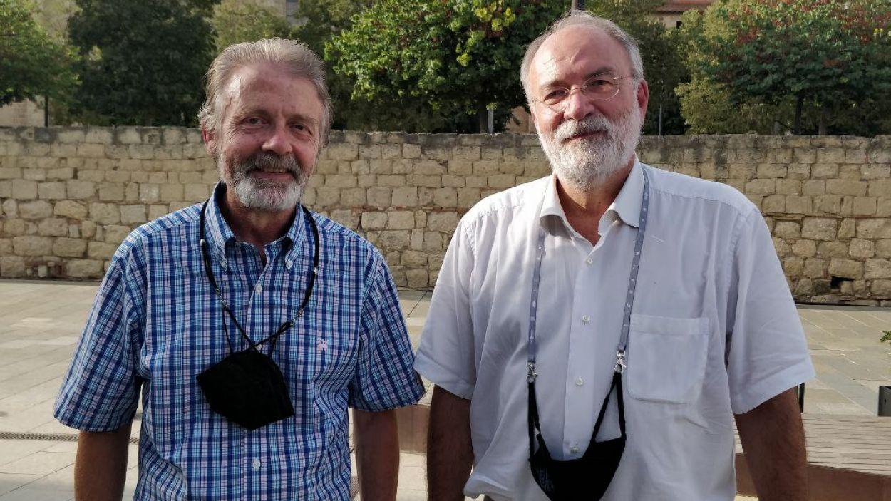 Artur Royo (ANC) i Jaume Angerri (Òmnium), a la plaça de l'U d'Octubre de Sant Cugat / Foto: Cugat Mèdia