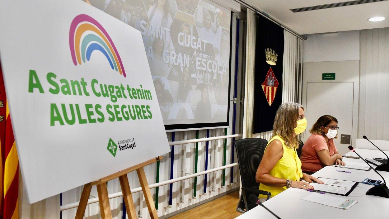 L'alcaldessa, Mireia Ingla, i la regidora d'Educació, Pilar Gorina, presentant el curs escolar 2021-2022 / Foto: Localpres