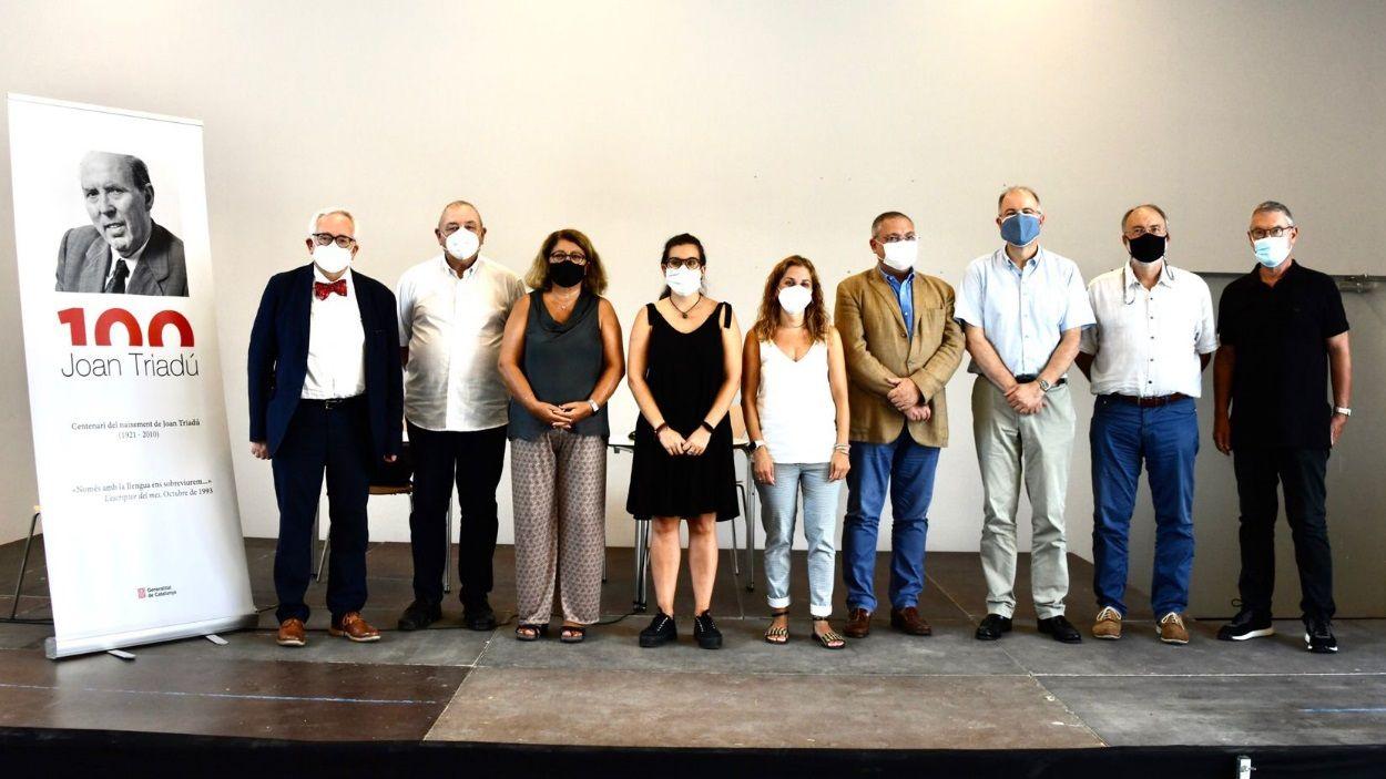 Foto de família de la presentació dels actes a Sant Cugat / Foto: Localpres